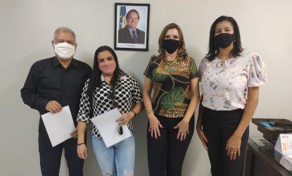 Taxistas e mototaxistas agradecem o Governo do Tocantins pelo crédito para aquisição de bens e capital de giro